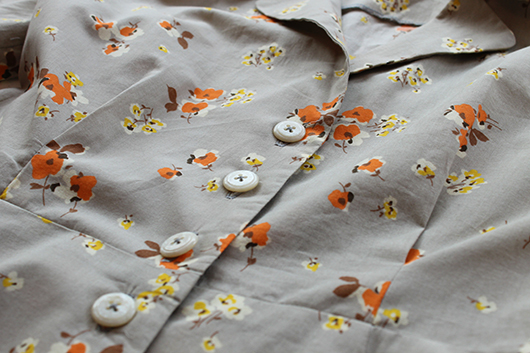 Sew Over It Vintage Shirt Dress Sewalong: Hem and Buttonholes. Get your pattern here: http://shop.sewoverit.co.uk/products/vintage-shirt-dress-sewing-pattern